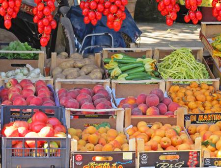 Campania market