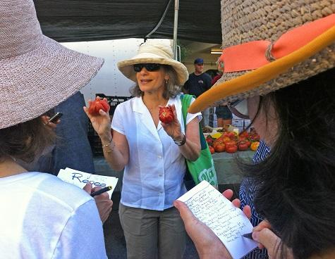 amelia-saltsman-santa-monica-farmers-market-tour