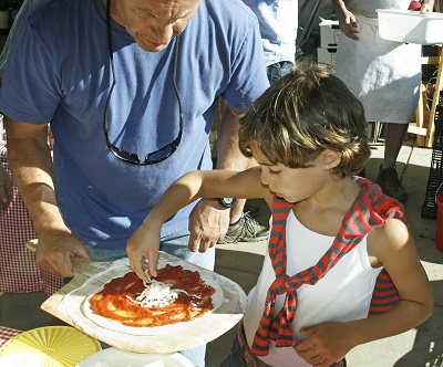 Making Pizza at Rutiz Farms