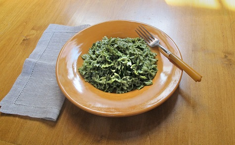 Farfalle with kale pesto