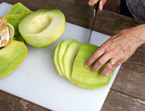 How to Skin, Slice and Chop a Melon