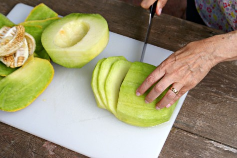 how-to-cut-up-melon-step-5