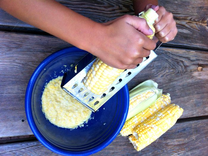 how-to-grate-corn
